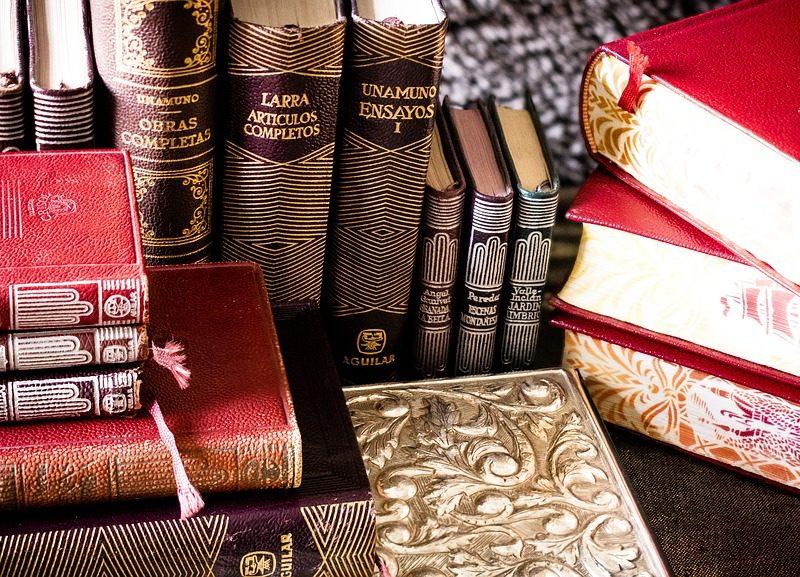 books-1701522_960_720